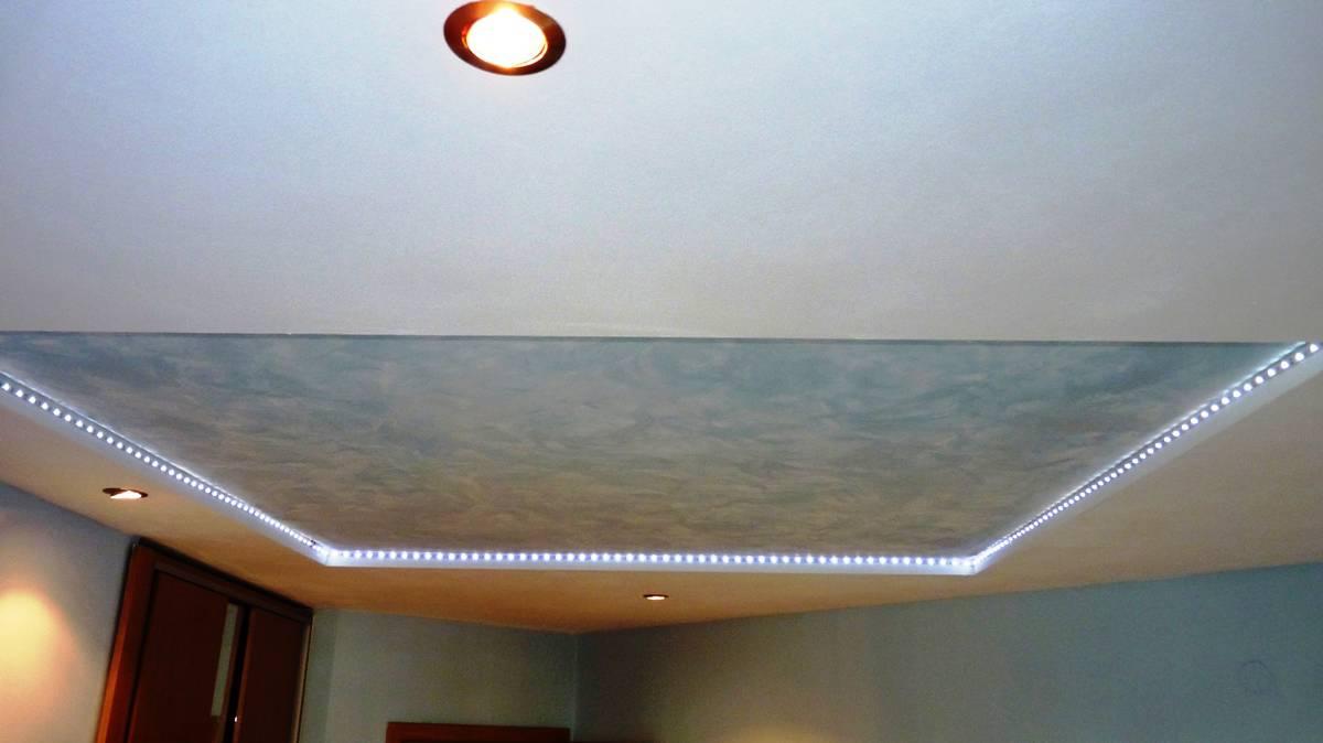 окачен таван с led осветление